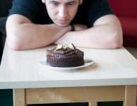 Pokud je vaším cílem zhubnout po vánocích o 5 kilo, měli byste vsadit na kombinaci zdravého jídelníčku a cvičení.