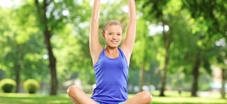 Na shození 3 kil vaší váhy by vám mělo stačit každý den snížit svůj příjem asi o 700 kalorií (kcal).