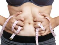 Jeden kilogram tělesného tuku odpovídá hodnotě asi 7000 kalorií (resp. kcal).