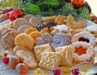 """Typické české tradiční vánoční cukroví je doslova """"našlapáno"""" zbytečnými kaloriemi."""