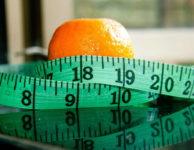 Za týden můžete zhubnout maximálně 0,5 – 1 kilo. Cokoliv jiného, rychlejší snížení váhy za 1 týden, už není hubnutí, ale jen krátkodobé snížení váhy.