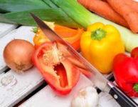 Jídelníček na hubnutí by měl být pestrý (aby pokrýval všechny nezbytné živiny, vitamíny a minerály) a měl by vám chutnat.